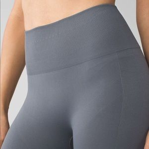 Lululemon Zone In Tight Dark Slate Leggings Gray 6